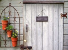 X Extraordinary Ideas To Beautify Your Garden Easily