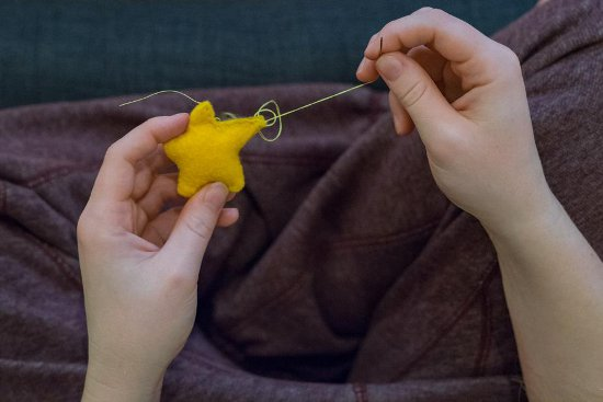 5 Easy Fabric Tips for Crafting Beginners