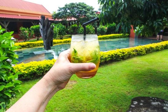 7 Backyard Retreat and Oasis Ideas