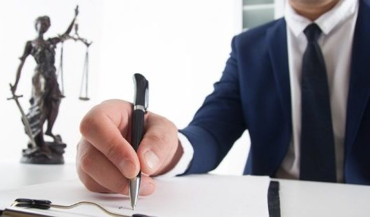 7 Signs You Need a Personal Injury Attorney