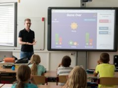 Advantages of becoming a teacher