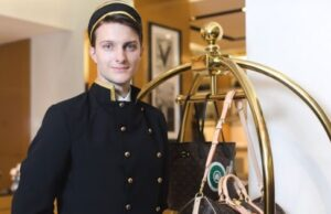 How Decent Hospitality Uniforms Helps to Elevate Impression Among Visitors