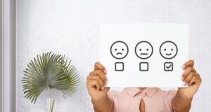 How Does a Business Manage the Negative Feedback on Digital Platforms
