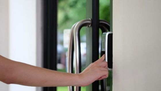 What Makes A Biometric Attendance System Unsafe for Use in The Current Times