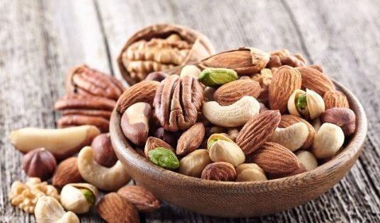Health Benefits of Nuts: Almonds, Cashews & Walnuts