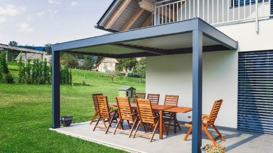 Simple Ways You Can Improve Your Outdoor Space in 2021