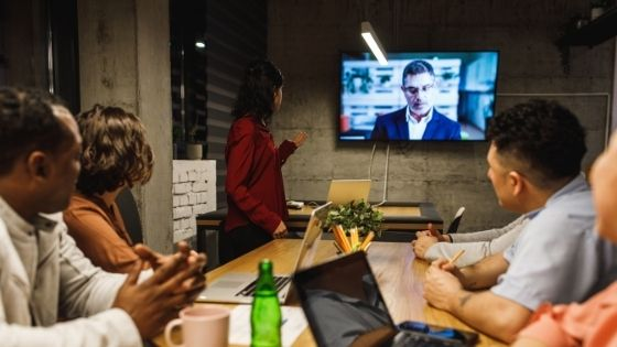 7 Simple Tips to Boost Your Remote Teams Spirit Like A Pro
