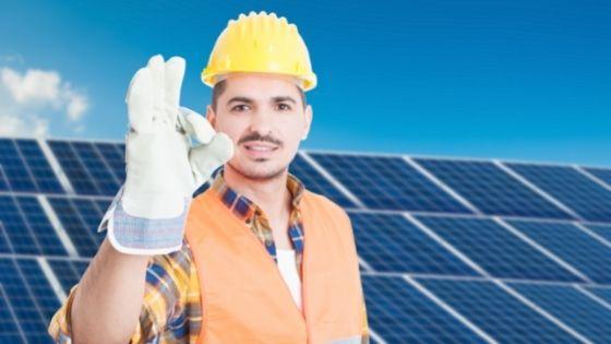 6 Reasons to Buy a Solar Generator