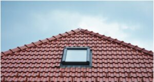 10 Easy Ways to Maintain Your Tampa Roof